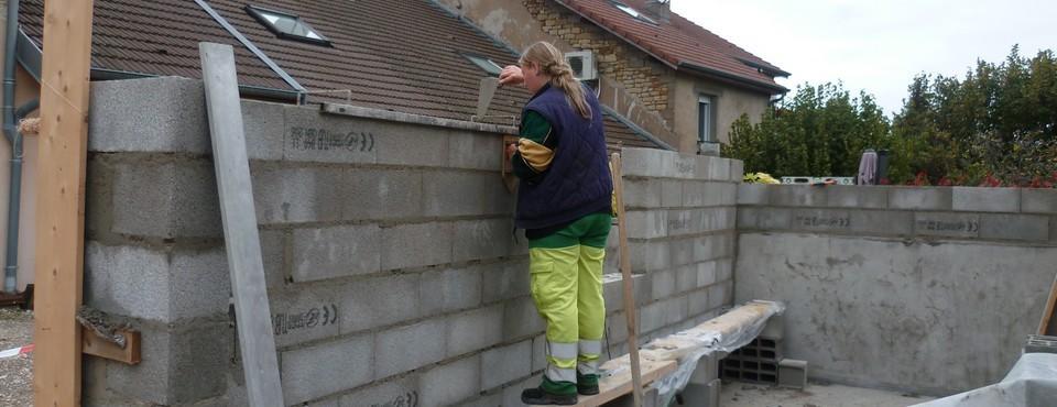 Construction d'un bâtiment communal à Vorges les Pins le 12 octobre 2011